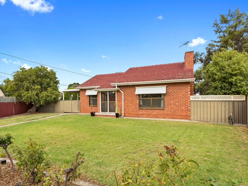 3 Castle Place, South Plympton, SA 5038