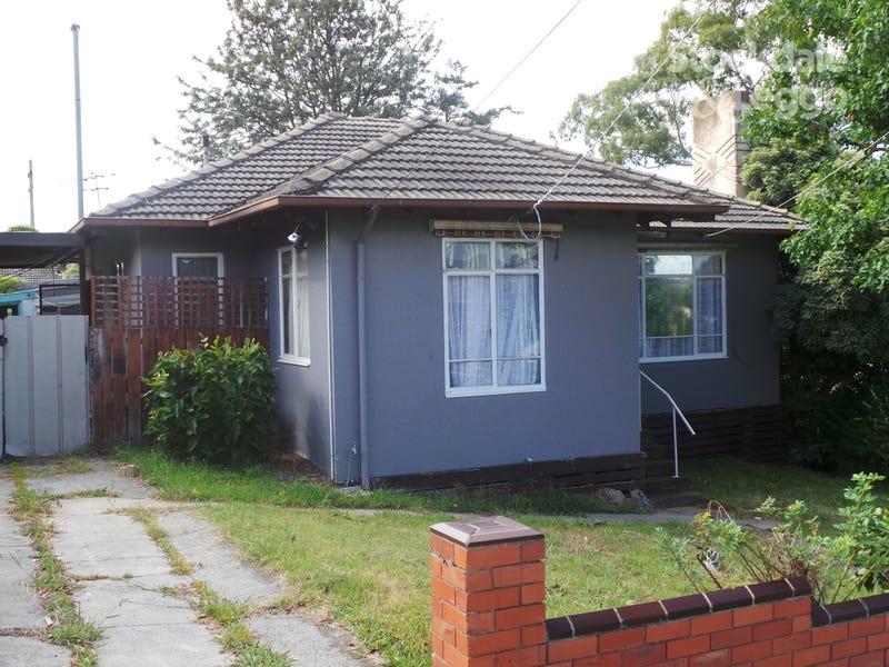 3 Magnolia Grove, Doveton, Vic 3177