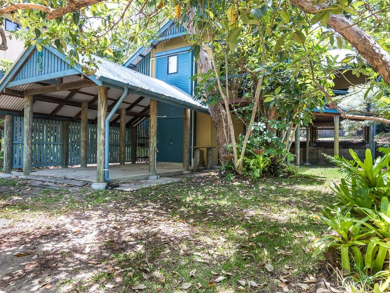 70 Mooloomba Road, Point Lookout, Qld 4183
