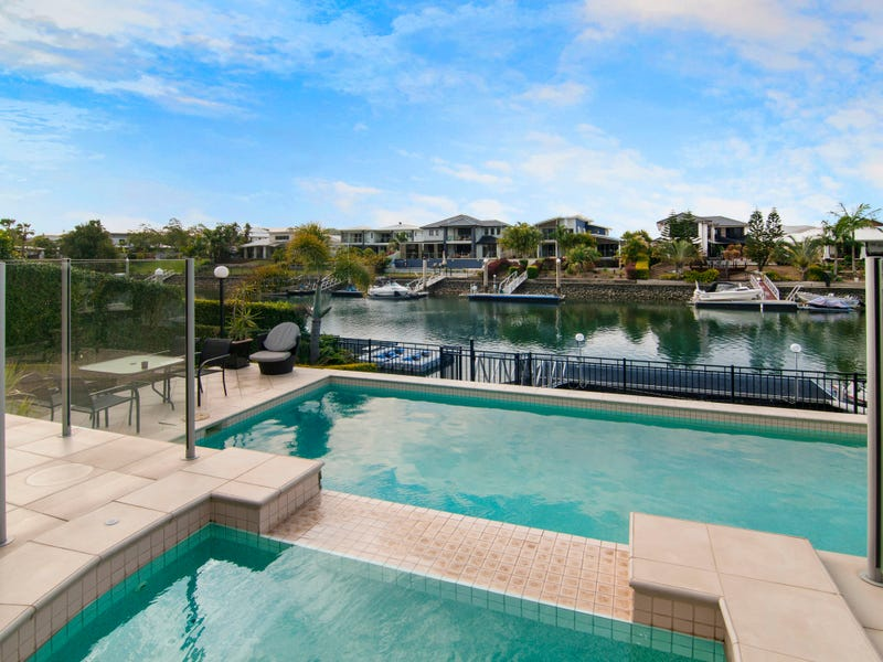 43 Ferrymans Court, Helensvale, Qld 4212