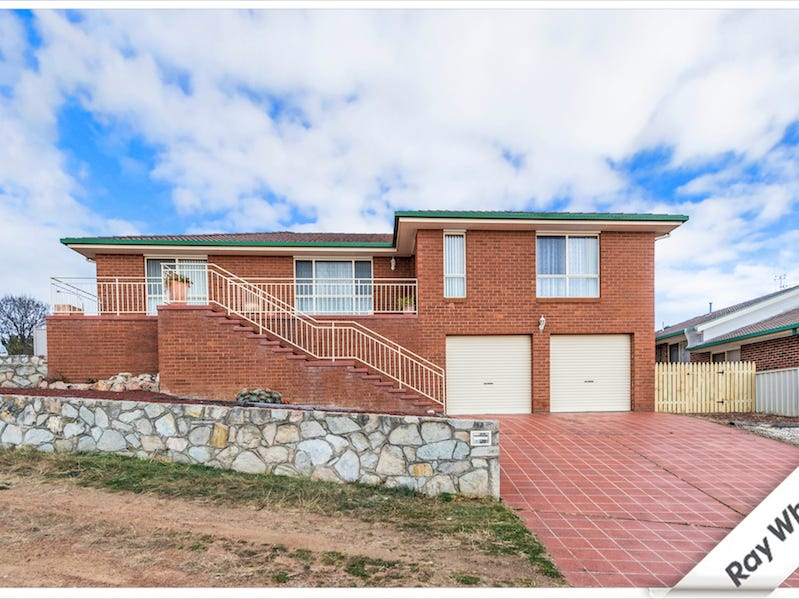 5 Heatherbelle Place, Queanbeyan, NSW 2620