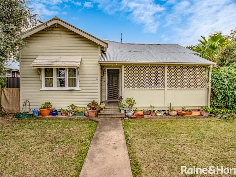 48 Ogilvie Street, Denman, NSW 2328
