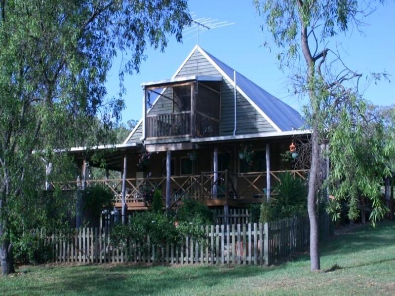 14 Rossells Road, Toowoomba, Qld 4344