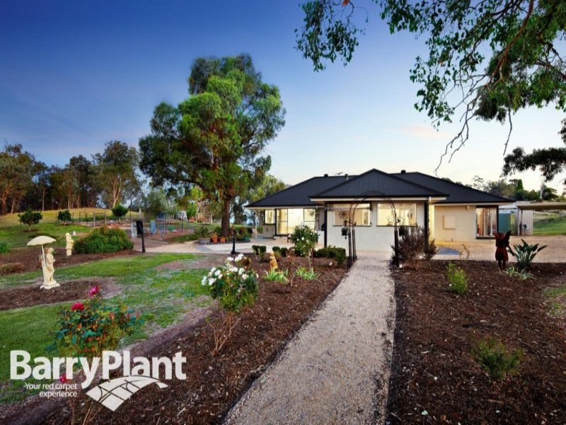 136 Nicholas Lane, Kangaroo Ground, Vic 3097