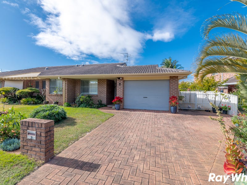 2/2 Commodore Place, Tuncurry, NSW 2428