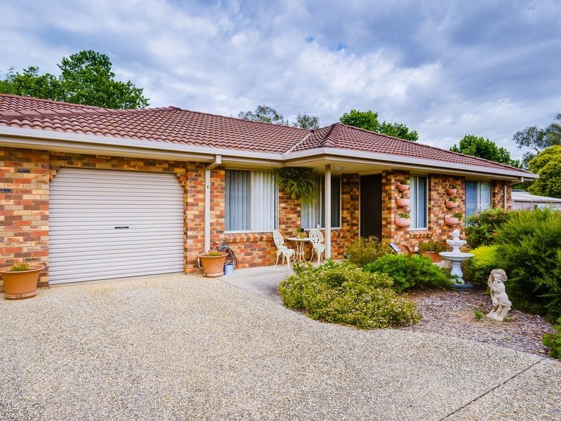 4/5 La Fontaine Avenue, Lavington, NSW 2641