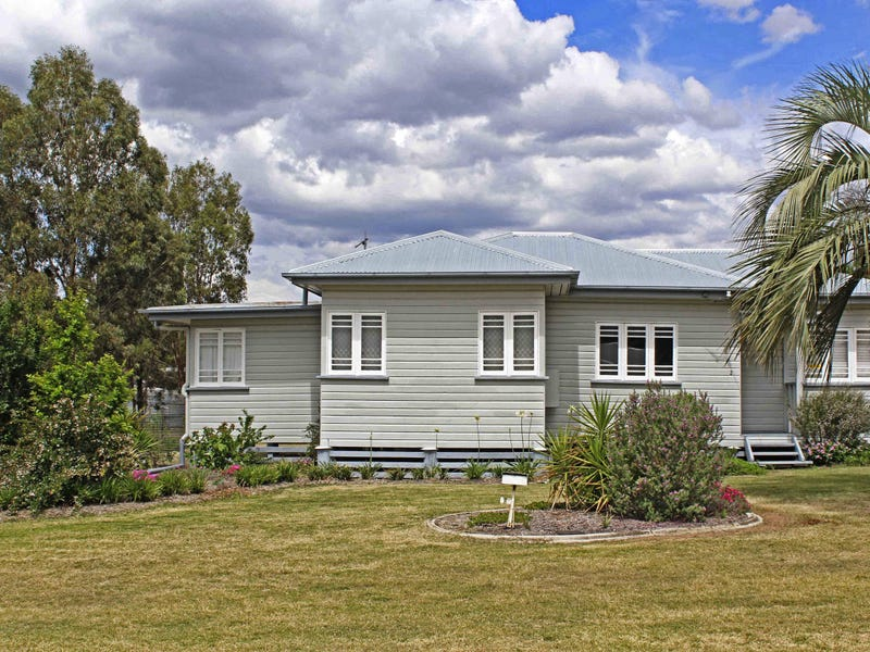 2 William St, Warwick, Qld 4370