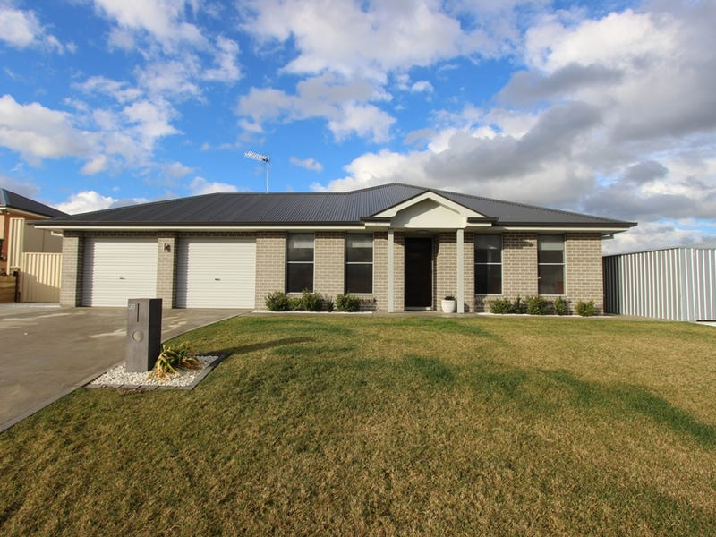 38 Amber Close, Kelso, NSW 2795
