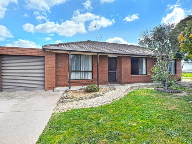 4/3 Rinford Street, Maryborough, Vic 3465