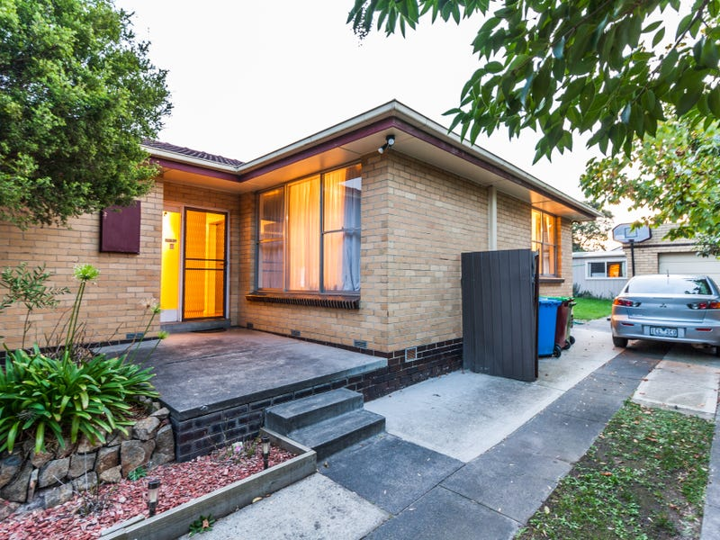 15 The Fairway, Hampton Park, Vic 3976