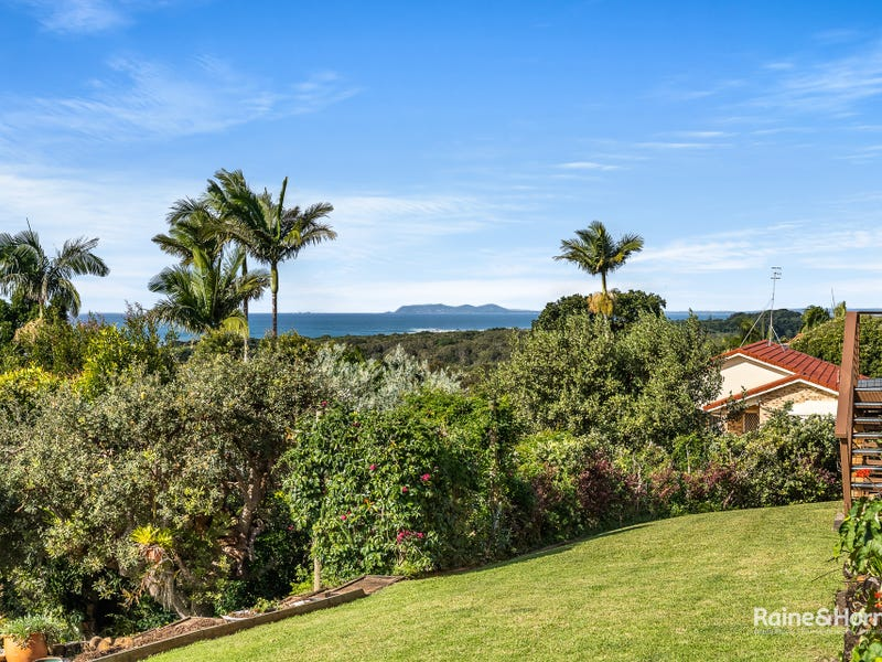 2 Kanandah Court, Ocean Shores, NSW 2483