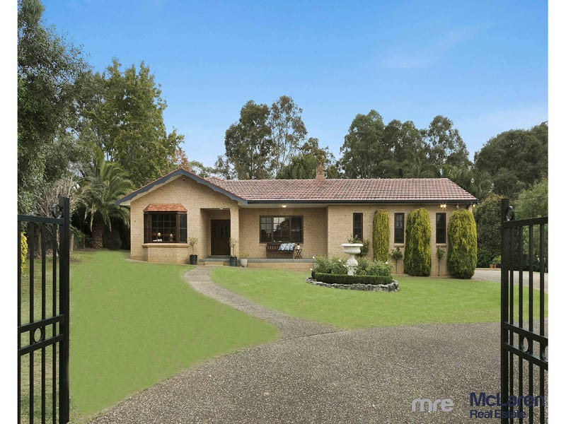 3 Berry Close, Grasmere, NSW 2570