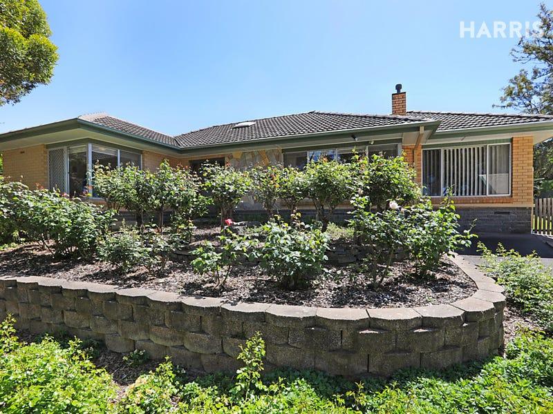 13 Roseberry Avenue, Eden Hills, SA 5050
