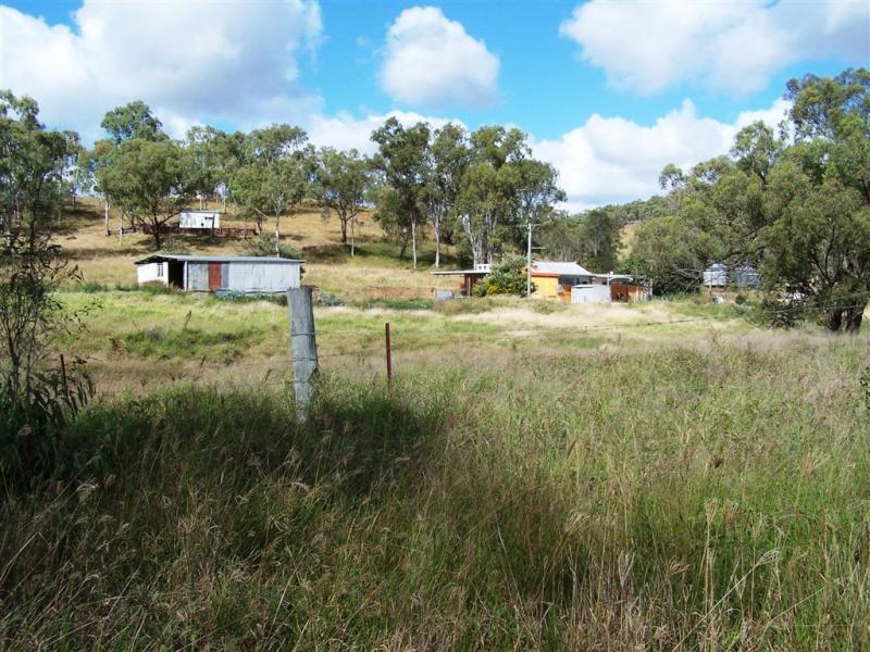15 Smalls Road, Hamilton Creek, Qld 4714