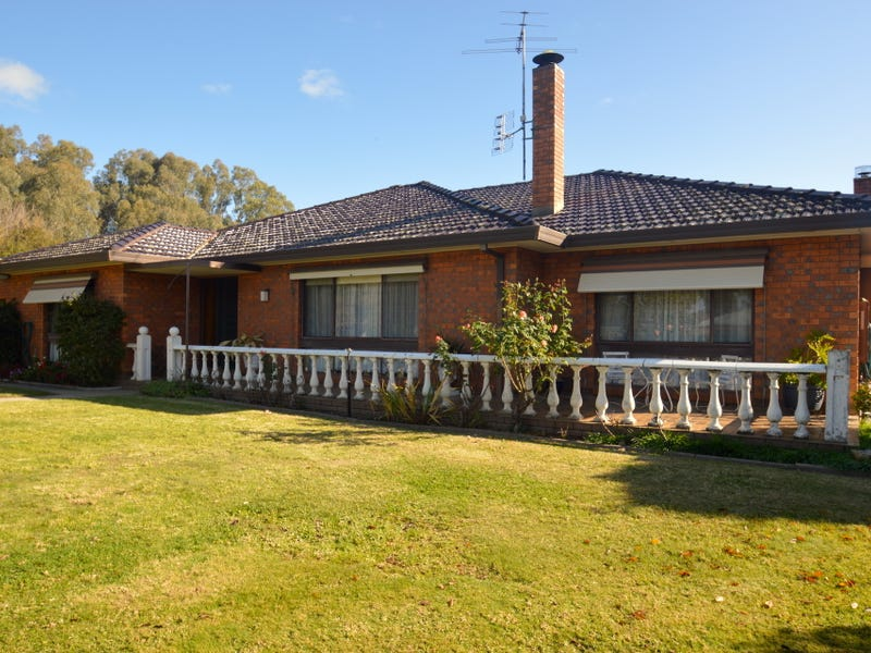 536 Whorouly Road, Whorouly, Vic 3735