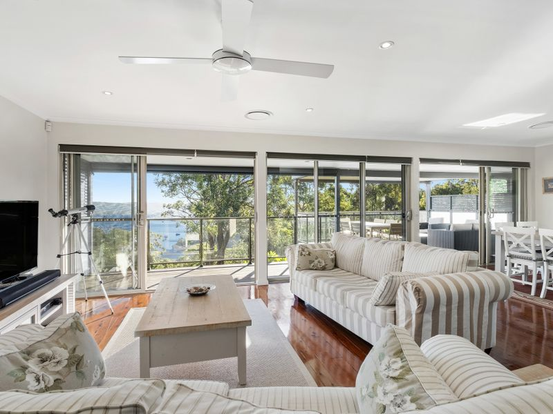 18 Wards Hill Road, Killcare Heights, NSW 2257