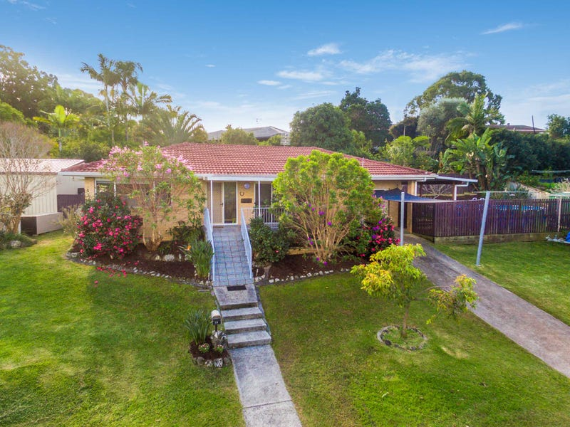 19  Aloota Crescent, Ocean Shores, NSW 2483