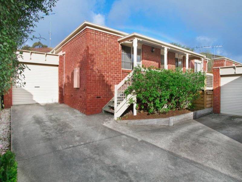 2/8 The Fairway, North Geelong, Vic 3215