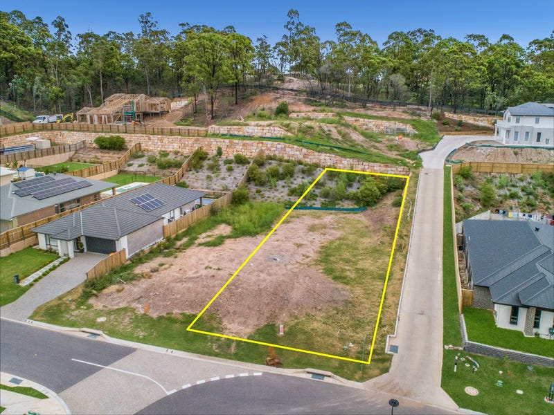 82 Kenneth Drive, Augustine Heights, Qld 4300