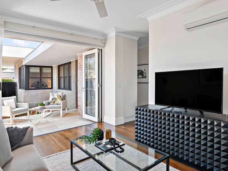 1 Raeburn Avenue, Castlecrag, NSW 2068