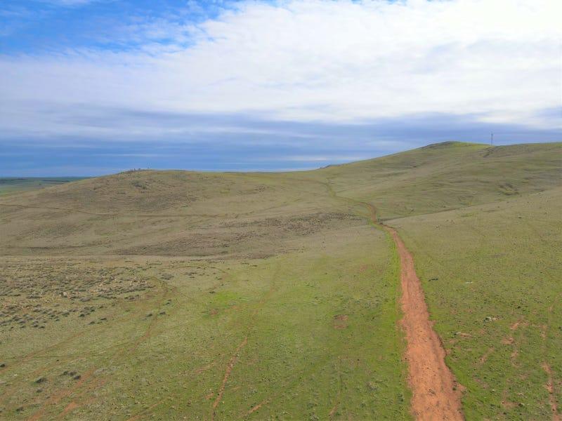 * Watts Range Road, Gulnare, SA 5471