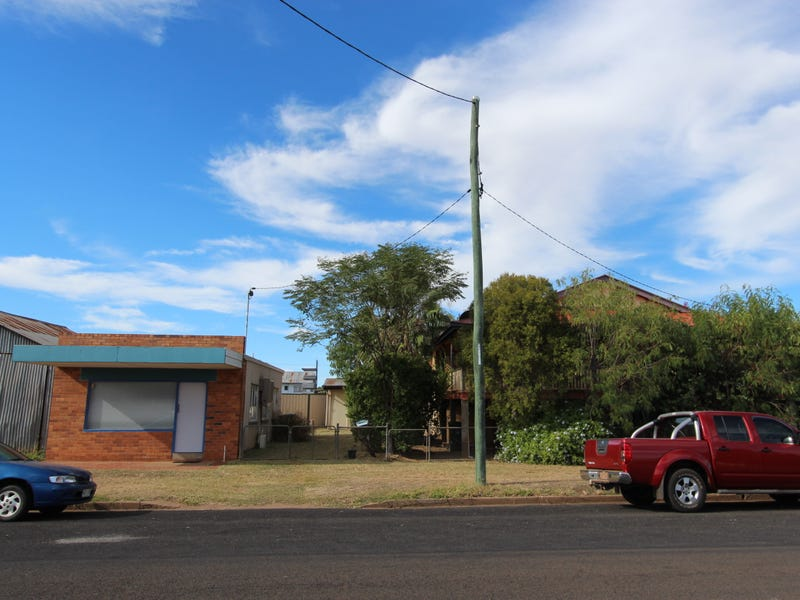 1 to 3 Eyre Street, Charleville