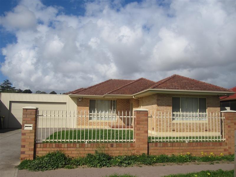 42 Muriel Drive, Pooraka, SA 5095