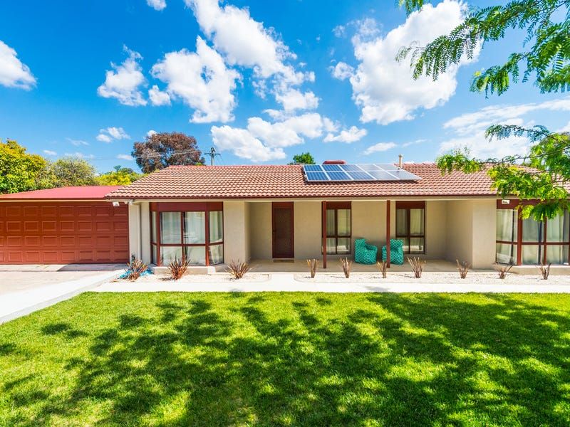 12 Main Close, Chisholm, ACT 2905