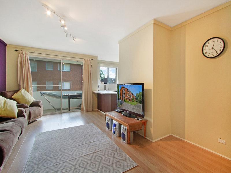 Unit 6, 102-104 Windsor Street, Richmond, NSW 2753