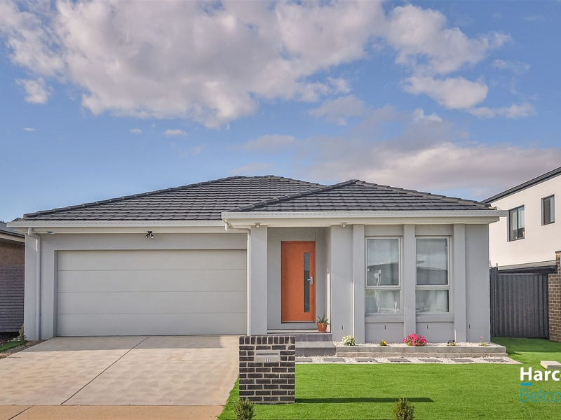32 Robin Boyd Crescent, Taylor, ACT 2913