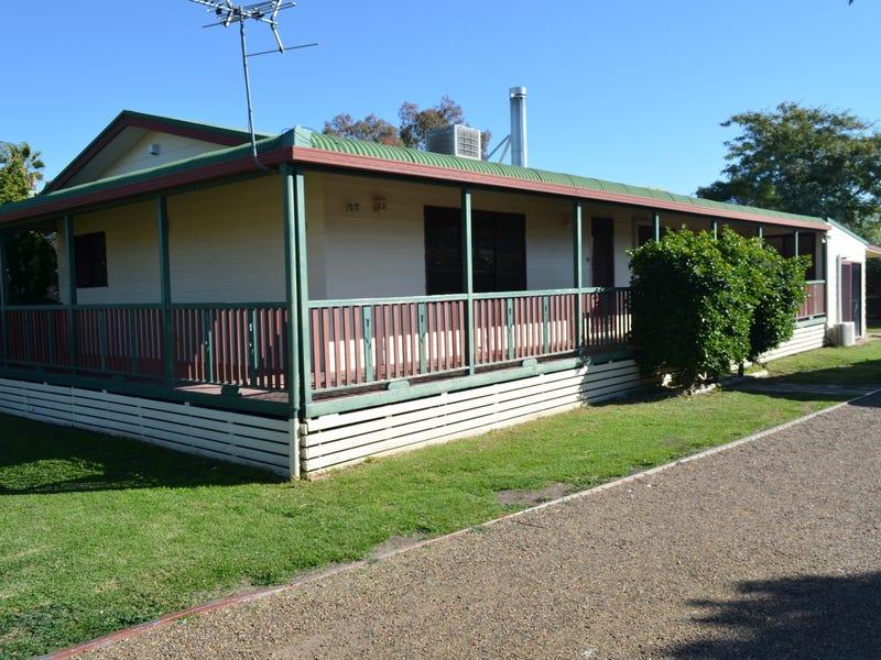 13 Bohenia Crescent, Moree, NSW 2400