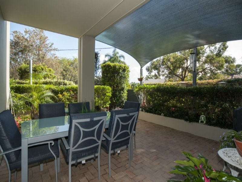 1/25 Chester Terrace, Southport, Qld 4215