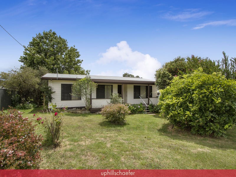 1 Depot Road, Uralla, NSW 2358