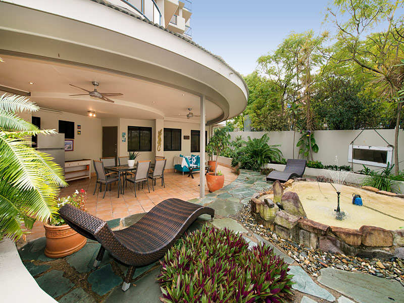 2a/99 Gregory Terrace, Spring Hill, Qld 4000