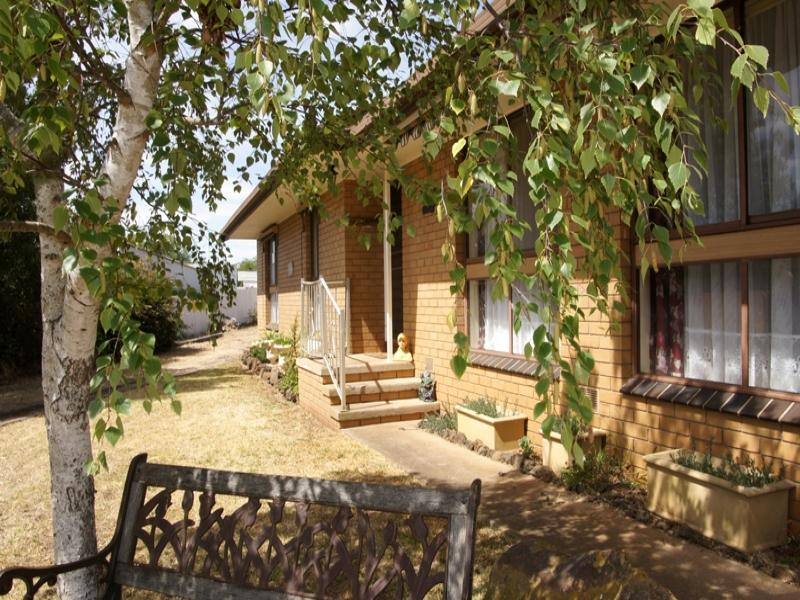 23 Fyans Street, Derrinallum, Vic 3325