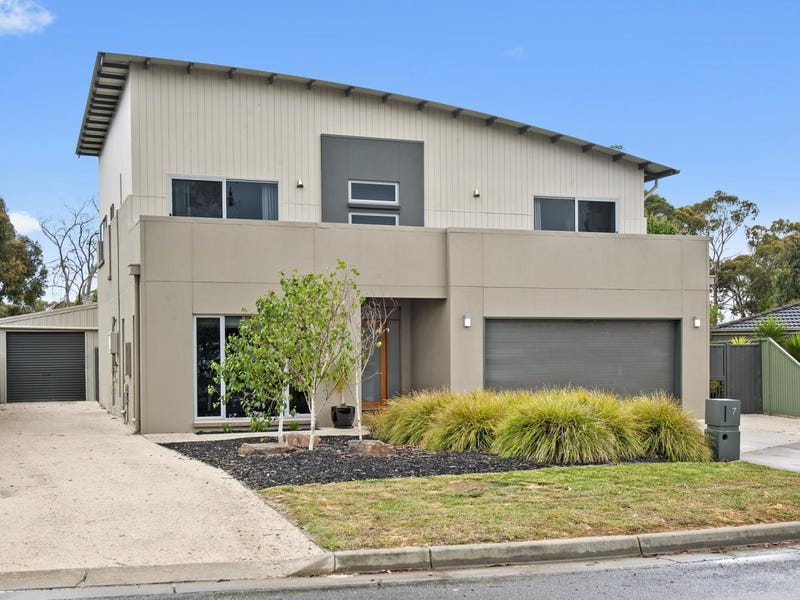 7 Rattray Court, Canadian, Vic 3350