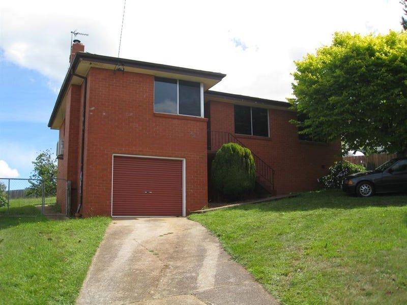 22 Barker Street, Ulverstone, Tas 7315