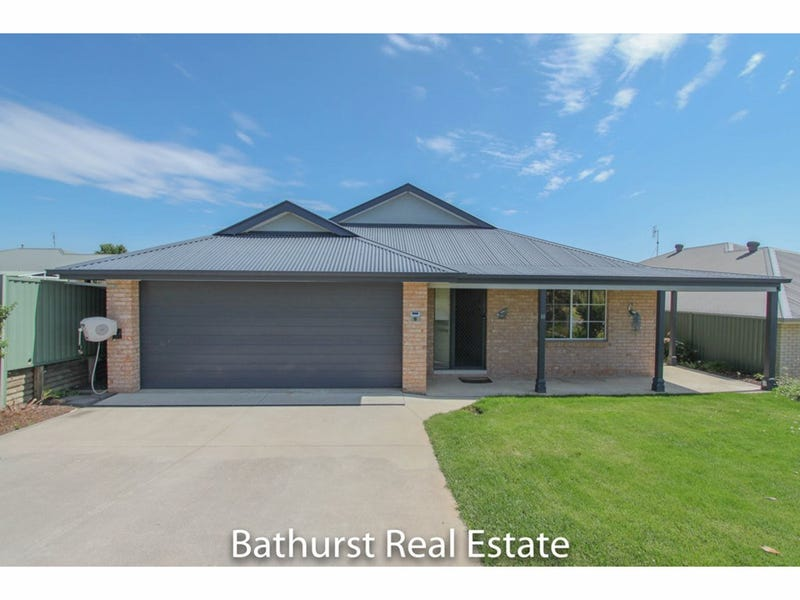 19 Quinn Court, Llanarth, NSW 2795