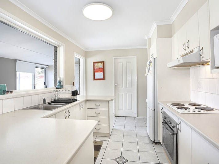 36 Greenway Drive, South Penrith, NSW 2750