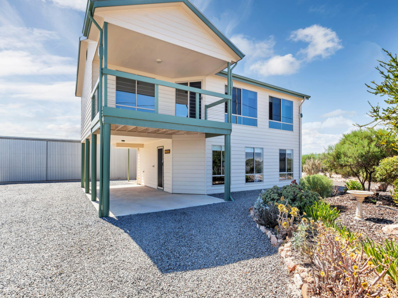 155 The Esplanade, Thompson Beach, SA 5501