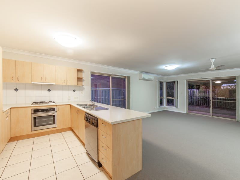 2/2 Page Street, North Lakes, Qld 4509