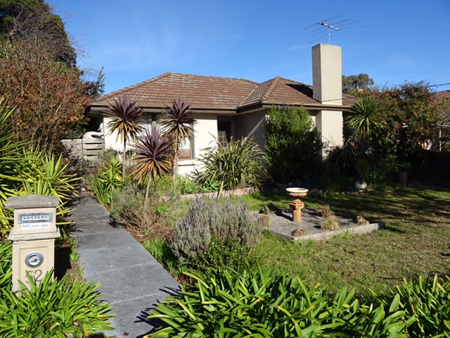 52 Parkmore Road, Forest Hill, Vic 3131