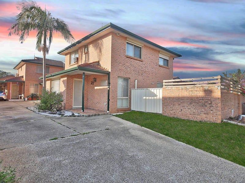 1/664A Smithfield Road, Edensor Park, NSW 2176