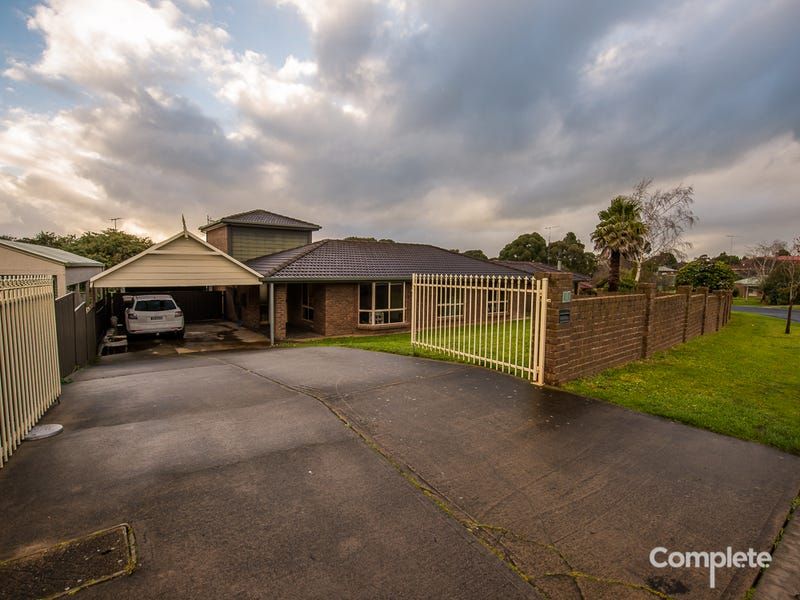 13 SUNSET DRIVE, Mount Gambier