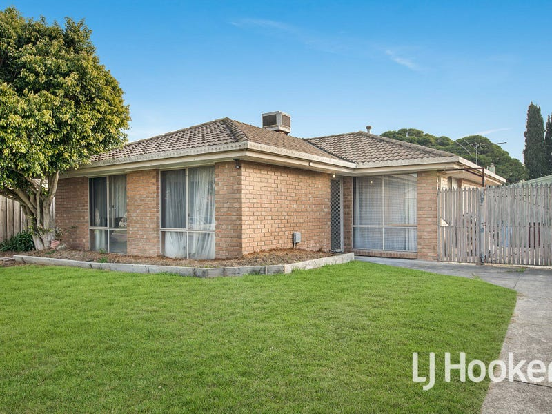 11 Eliza Street, Cranbourne North, Vic 3977