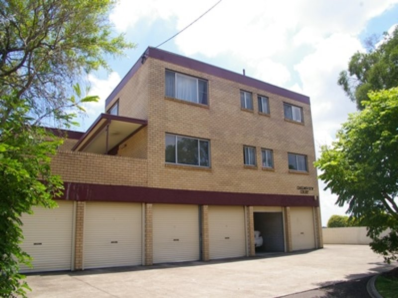 2/9 Chelmsford Ave, Ipswich, Qld 4305