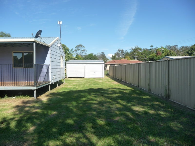 27 Hart Street, Blackbutt, Qld 4314