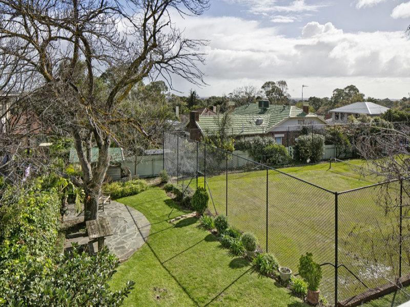 5 Pamela Rod, Torrens Park, SA 5062