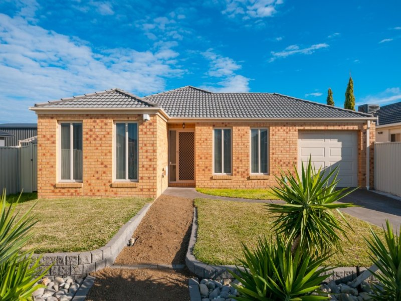 48 Mulberry Pass, Craigieburn, Vic 3064