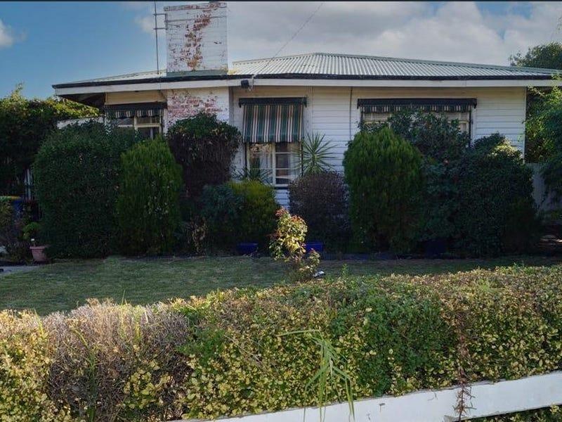 13 Pinnuck Street, Numurkah, Vic 3636